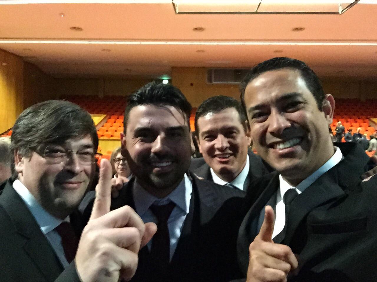 Tiago Fontoura, con líderes de la empresa