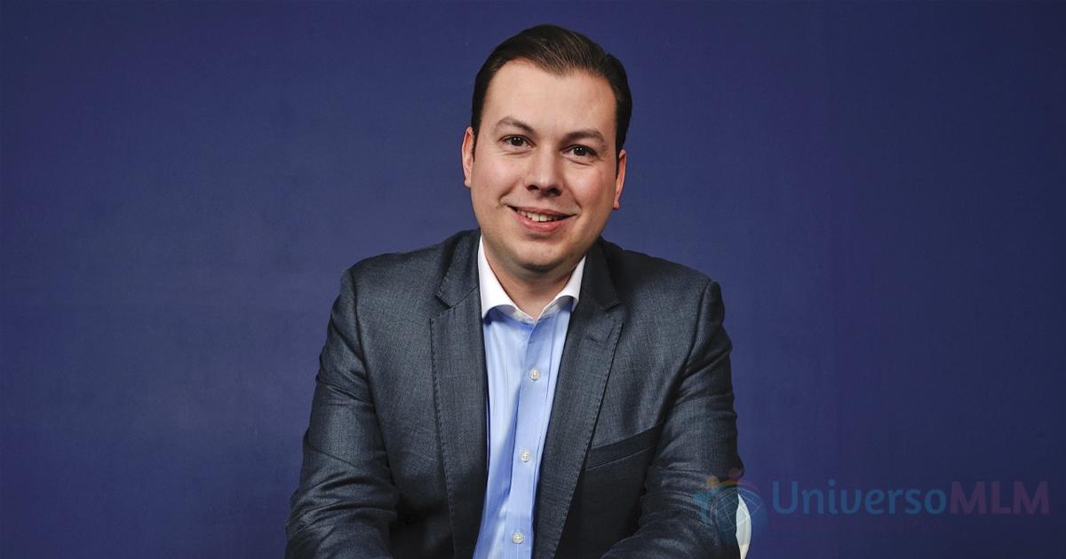 Stephan Tual, CEO y Fundador de Ursium