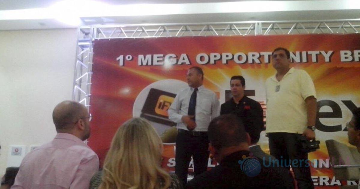 Sann Rodriguez durante en evento de iFreex