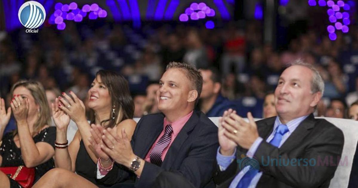 Carlos Costa y Carlos Wanzeler en evento de TelexFREE
