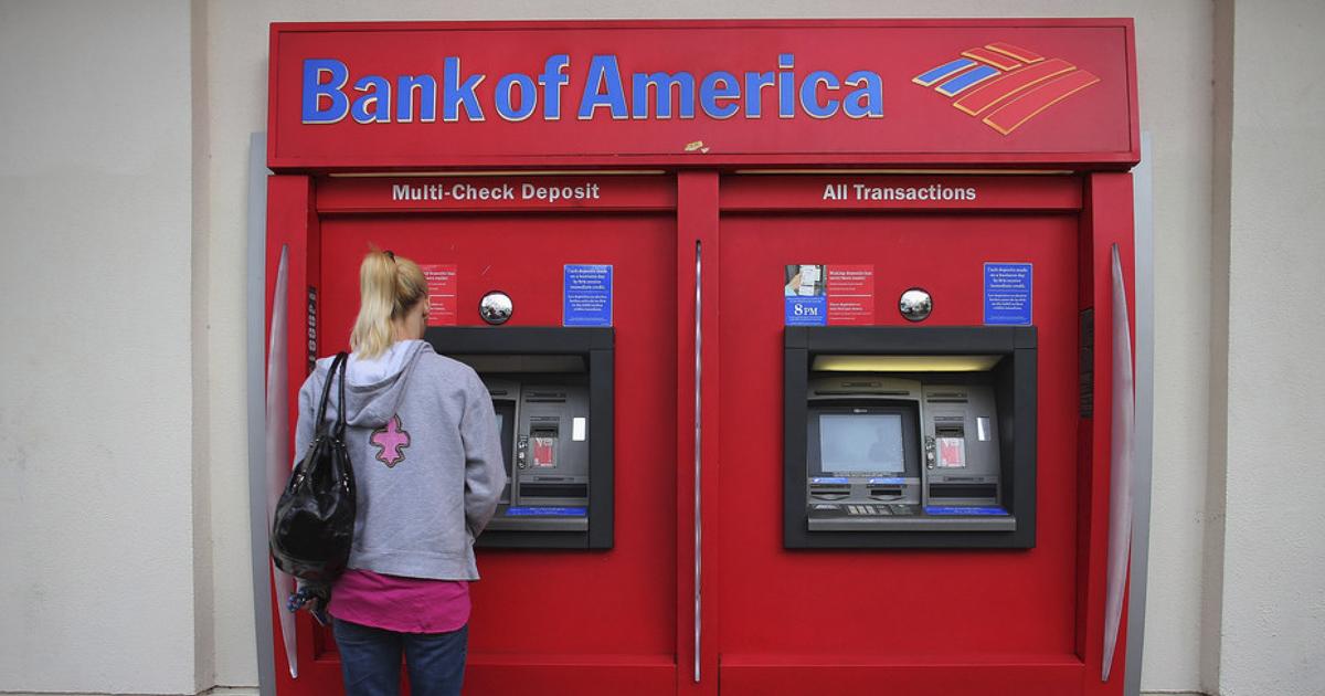 El Bank of América abre tres centros financieros completamente automatizados