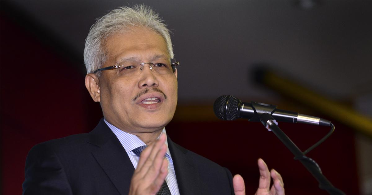 Datuk Seri Hamzah Zainuddin, Ministro de Interior, Cooperativas y Consumismo