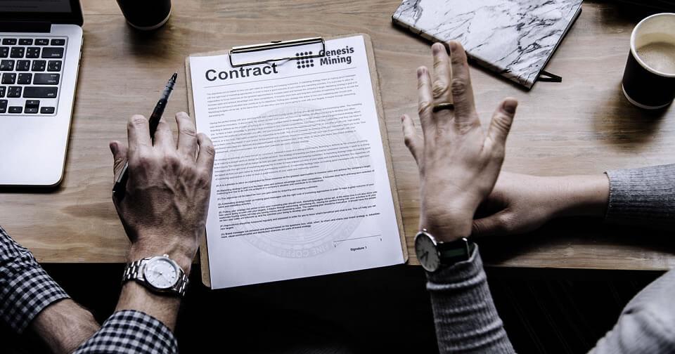 clientes-genesis-mining-obligados-mejorar-contratos