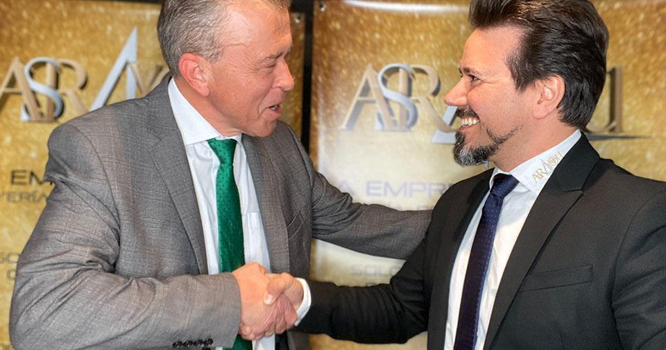 Empresas: ASR4YOU recibe al ex director de cristian lay y tupperware