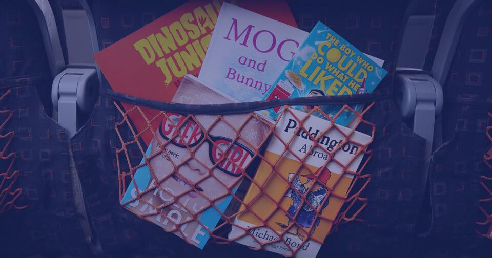 una-libreria-en-las-alturas-easyjet-sube-a-bordo-los-clasicos-de-la-literatura-infantil-para-los-pequenos-de-la-familia