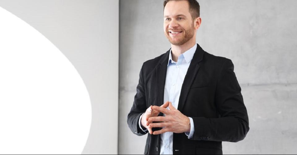 Formación: Comunicación no verbal: 7 tips para impresionar al cliente