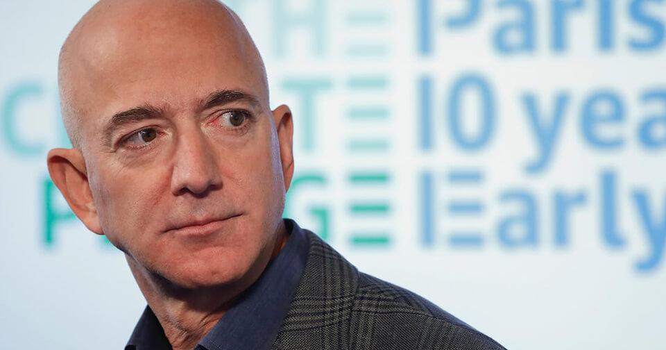 Generales: Dueño de Amazon es duramente criticado por donar a Australia solo lo que gana en 5 minutos