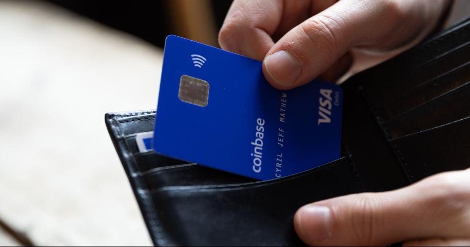 Criptomonedas: Visa otorga el poder a Coinbase para emitir tarjetas de débito en Bitcoin