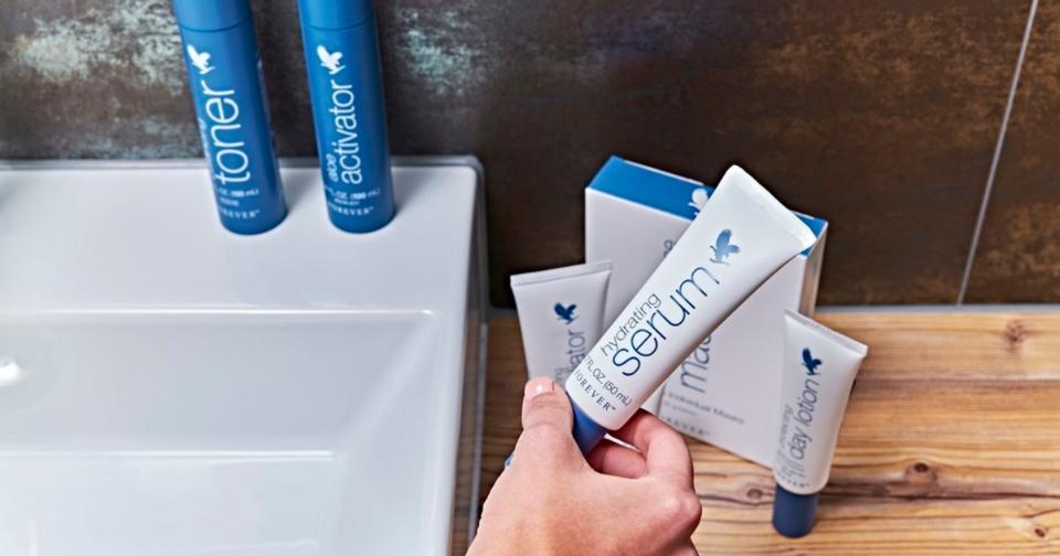 Empresas: La innovadora fórmula Hydrating Serum protege la piel de estresantes ambientales