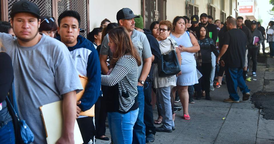 Generales: 46 millones de personas podrían perder sus trabajos en Estados Unidos