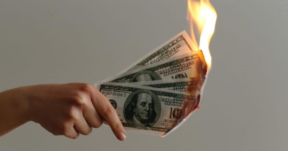 Finanzas: El dólar es amenazado por la eficacia de las vacunas contra la COVID-19