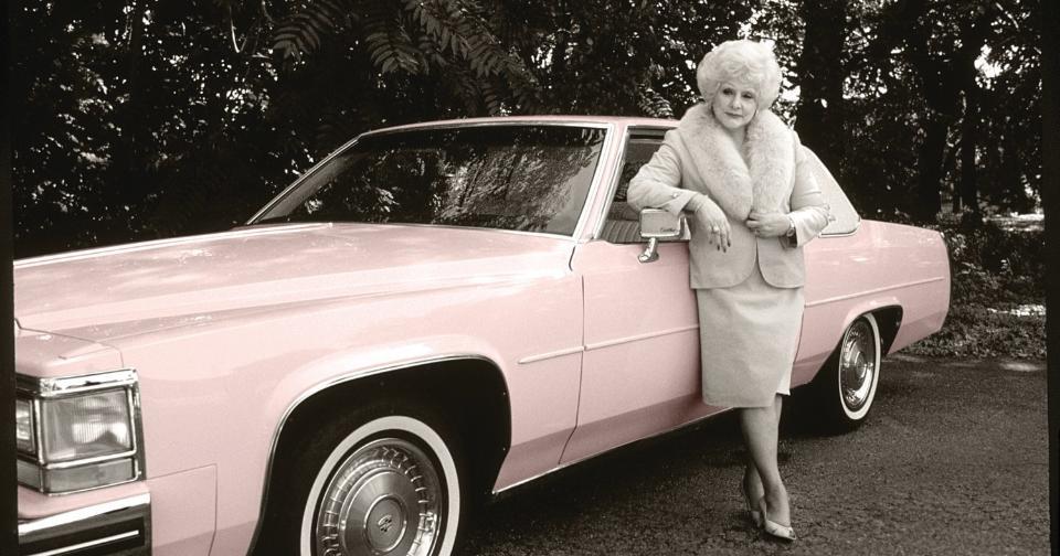 Empresas: Luego de 57 años, los Pink Cadillac de Mary Kay llegan a la Costa del Golfo de Mississippi