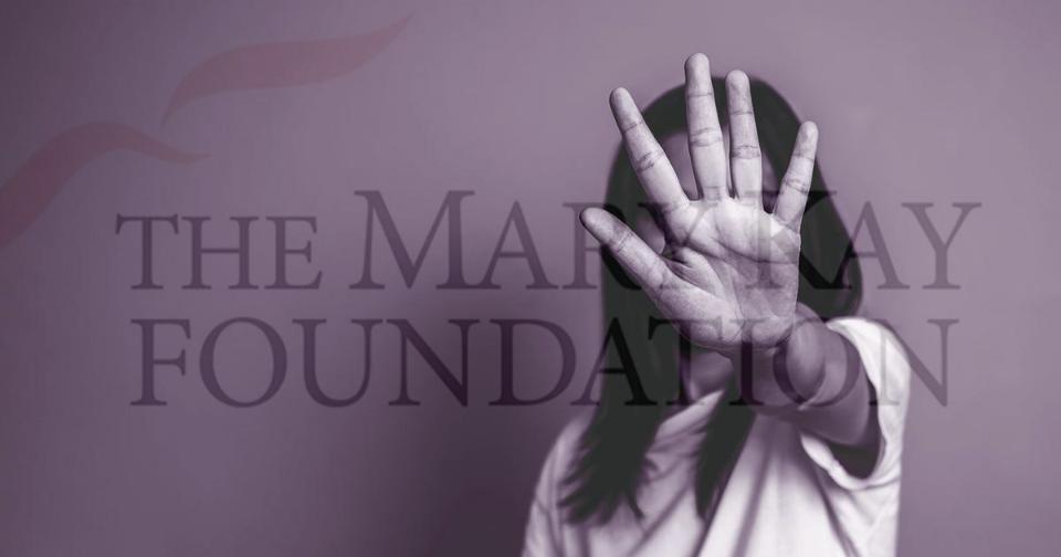 Empresas: Mary Kay otorga $25 mil a cuatro refugios para víctimas de violencia doméstica al norte de Texas