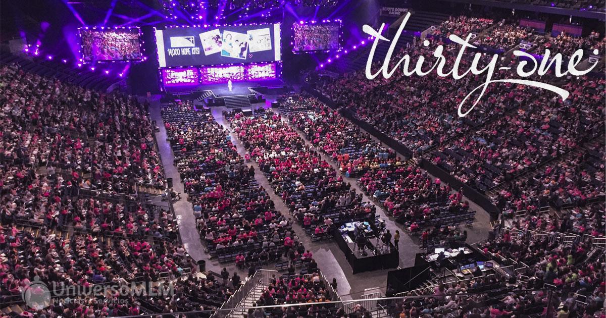 Convención de Thirty One en Columbus con más de 10.000 personas
