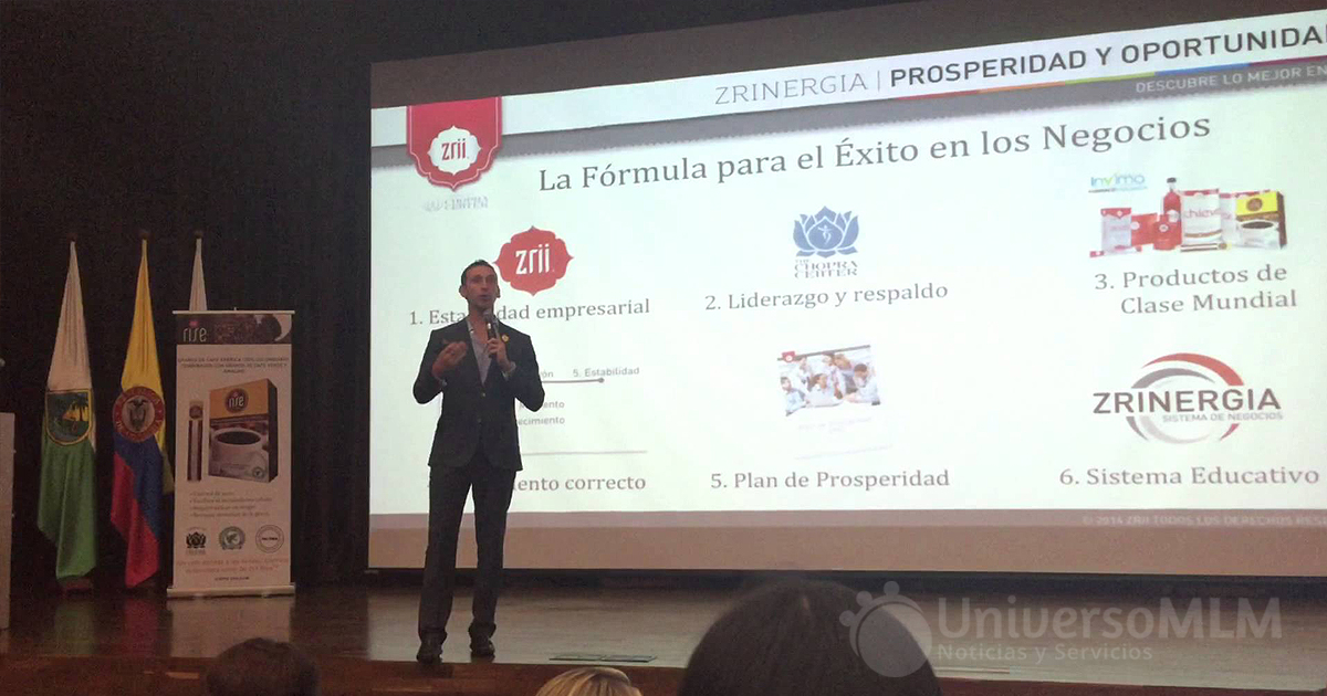 Juan Fernando Mendoza en un evento en Medellín