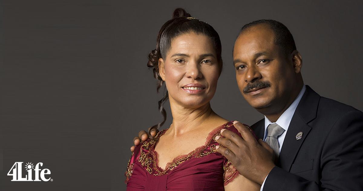 Alberto Cabrera y Rosa Nelia, primeros Diamantes Platino en República Dominicana