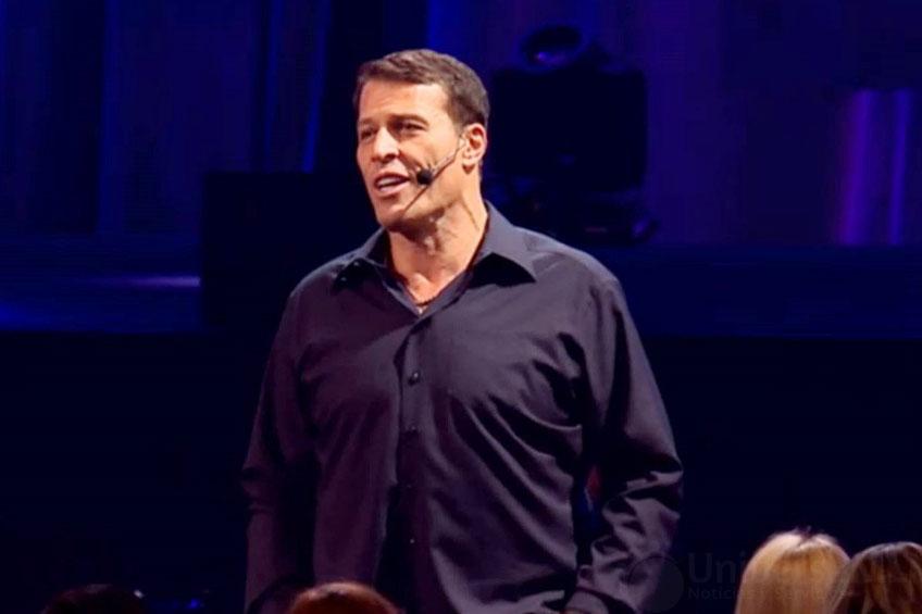 Tony Robbins, estratega del mundo de los negocios