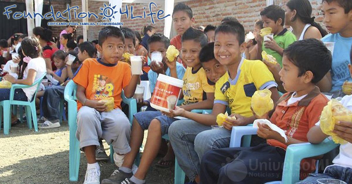 La fundación 4Life dona el desayuno a los niños
