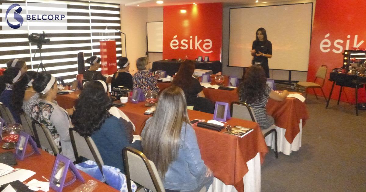 Imagen de uno de los talleres celebrados por Ésika