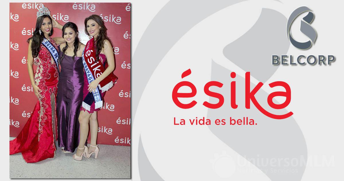 María Belén Cedeño, Reina de Guayaquil; Viviana Vallejo, Jefe de Marcas Belcorp y Ámar Pacheco, Belleza Ésika 2015 y Virreina de Guayaquil.
