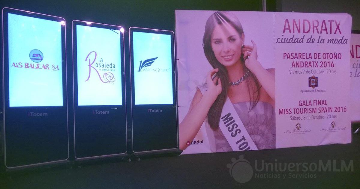 1 Fashion Global, presete en uno de los totem de patrocinadores