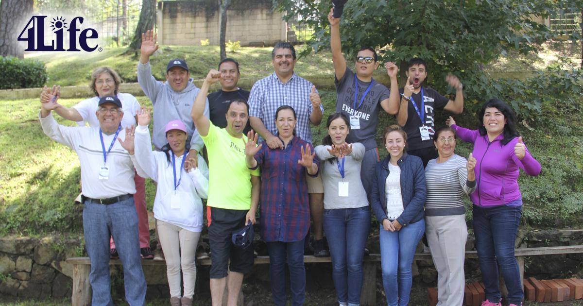 Diamantes presentes en el 10º campo de entrenamiento de 4Life México