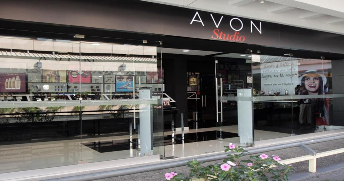 Avon inaugura su 10ª tienda en Guatemala